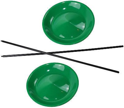 2 Jonglierteller in der Farbe Grün incl. 2 Kunststoffstäben