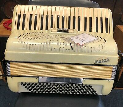 Vintage Major Accordion w/ Hard Case