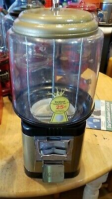 Used Richland beaver like gumball machine with lock& key restore gold and black