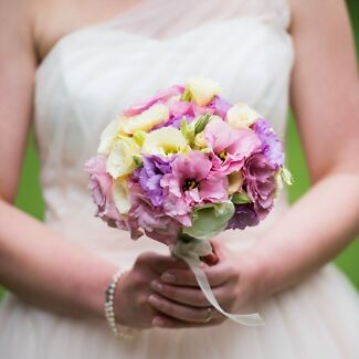 Budget Wedding Flowers, Cheap Bridal Bouquet