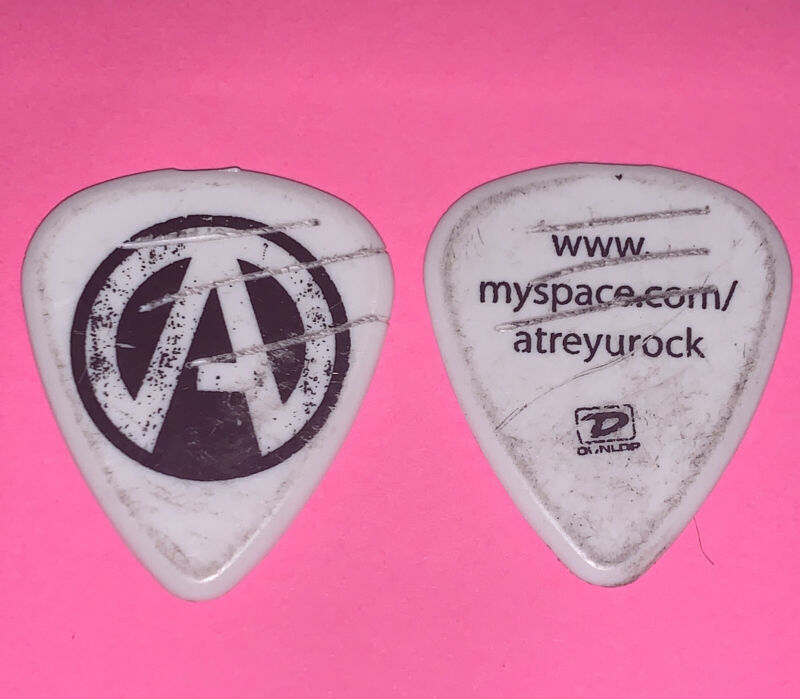 ATREYU Guitar Pick *stage used*  White/Black Dunlop - 2008 Tour