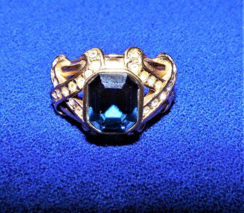 "Elizabeth Taylor for Avon Vintage ""Sparkle Kiss"" Ring size 8 1/2 Beautiful!"