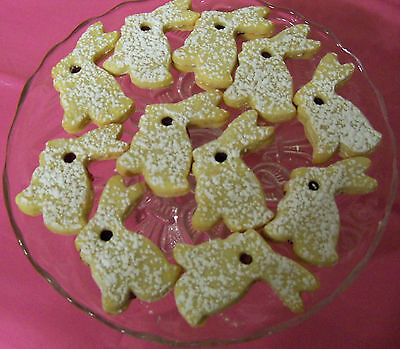 24 EASTER LINZER TART BUNNY COOKIES  W/RASPBERRY,HUNGARIAN/EUROPEAN,HOME MADE  ](Easter Bunny Cookies)