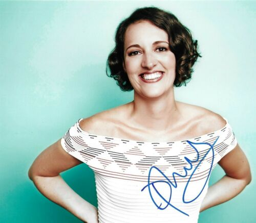 Phoebe Waller-Bridge Signed 10x8 Photo AFTAL