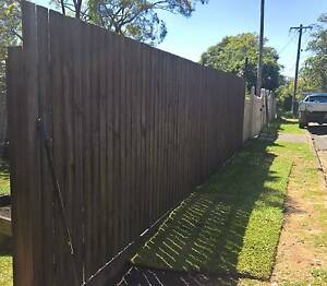 FENCE AND RETAINING WALLS Chermside Brisbane North East Preview