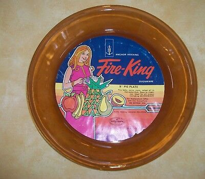 """FIRE KING ANCHOR HOCKING 9"""" PIE PLATE, AMBER,  UNUSED,  NEW WITH ORIGINAL LABEL!"""