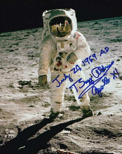 Buzz Aldrin Autographed Signed 8x10 VTG Photo NASA Apollo Mission 1969 REPRINT
