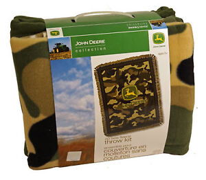 John Deere Collection - Green Camouflage NO-SEW FLEECE THROW KIT - NEW - 43x55in