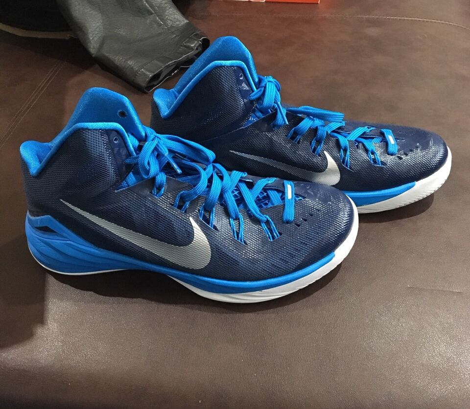 Brand shoes new Women's basketball shoes Brand 642935
