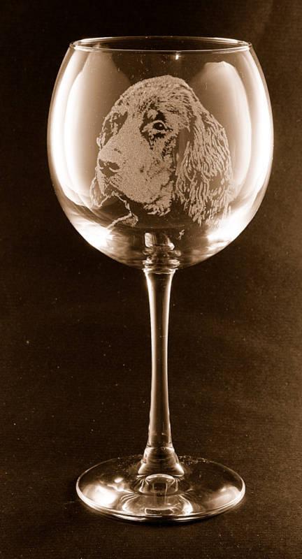 Etched Gordon Setter on Large Elegant Wine Glasses - Set of 2