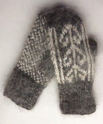 Перчатки и рукавицы Women's Knitted Goat