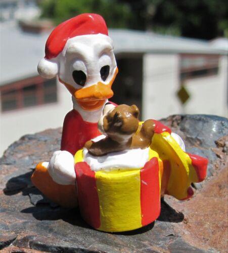 RARE 1990s Applause Disney Donald Duck Santa sitting w Present chipmunk  PVC
