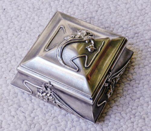 Beautiful Art Nouveau Meridian Quadruple-Plate Silver Velvet Jewelry Box Antique