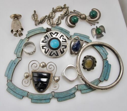 NICE MIXED LOT VINTAGE MEXICAN BRACELET RING PIN STERLING SILVER SIGNED PENDANT