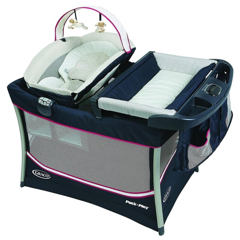 Graco Pack 'n Play Playard Everest w/Removable Bassinet & Changing Station, Ayla