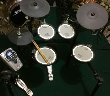 Roland TD-15K Electronic Drum Kit - will swap for studio equipment! Narre Warren Casey Area Preview