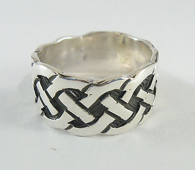 925 sterling silver band ring with Celtic knot design 3/8