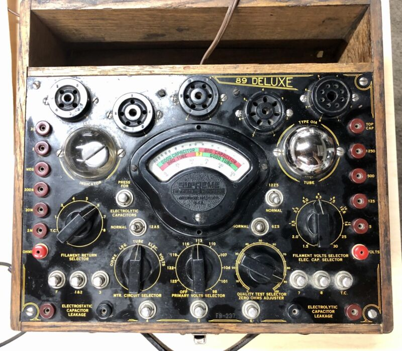 1936 Supreme Model 89 Deluxe Portable Tube Tester  In Working Condition