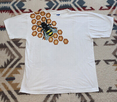 80s Tops, Shirts, T-shirts, Blouse   90s T-shirts 1980's ~ USA Royal First Class Vintage Bumble Bee  White T Shirt Size XL GUCCI $35.00 AT vintagedancer.com