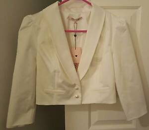 Review White Jacket - New with Tags Winmalee Blue Mountains Preview