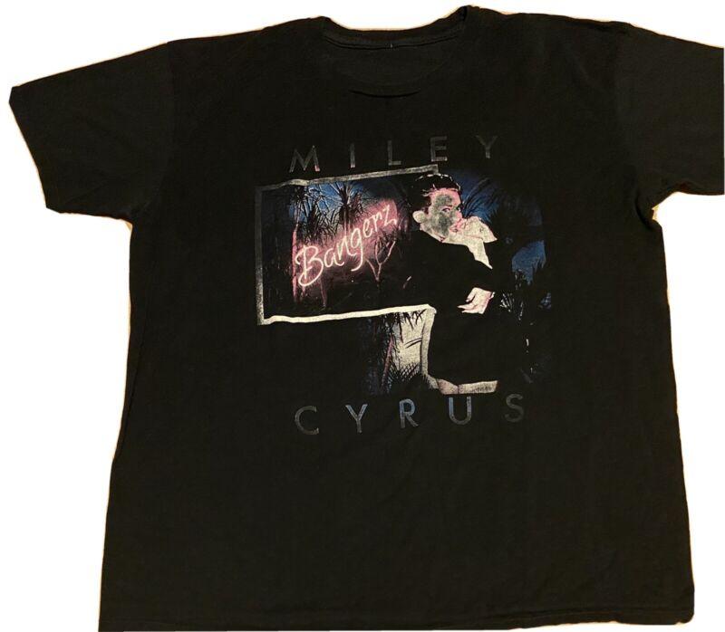 Miley Cyrus Bangerz Tour T-Shirt 2014 Concert Large