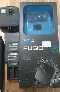 GoPro Fusion 360 plus accessories!