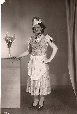 altes orig. s/w Foto Frau verkleidet Kostüm Tracht Karneval Vintage - Alt Frau Kostüm