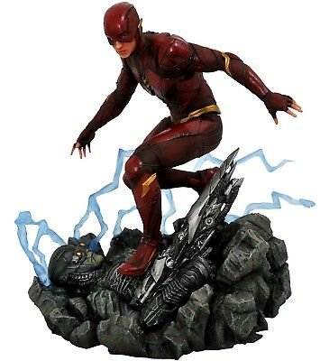 Justice League DC Gallery The Flash 9-Inch PVC Figure Statue [Movie Version] ()