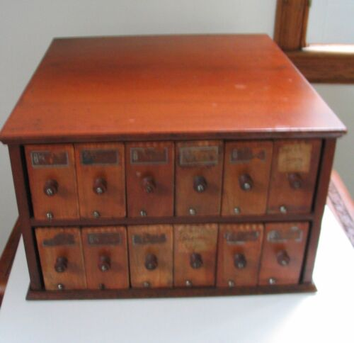 A.N. Russell Practical Glove Holder 12 Wooden Drawers Store Case Ilion NY