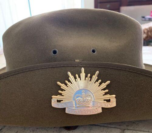 1991 Bardsley Felt Fur ANZACS (Famous Slouch) Hat w/Insignia Pins