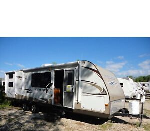 2013 Jayco Whitehawk Ultra light  298SQB quad bunk