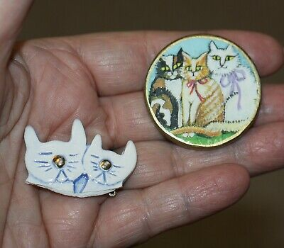 Lot 2 wooden handcrafted cat kitten pins brooches perfect for the cat lover NICE - Costumes For Kittens