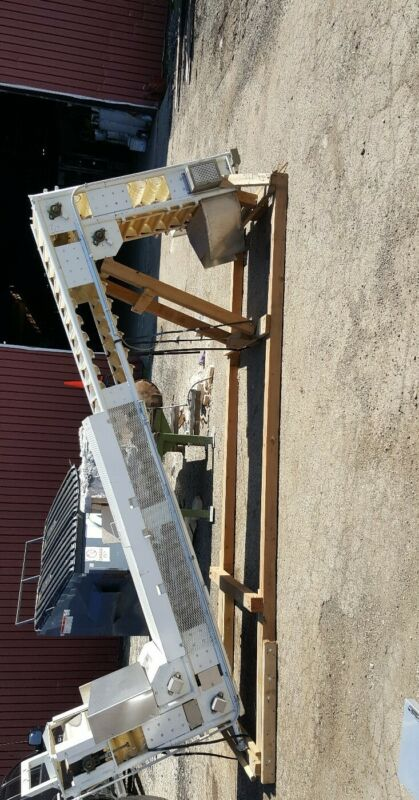 Aseeco Chain Driven Bucket Conveyor  Model# ALS-O-18CP