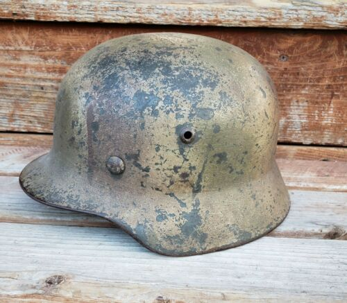 WWII GERMAN M35 NORMANDY CAMO HELMET RE-ISSUED Q62 w/ 40 LINER DATE