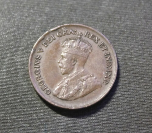 Canadian ~ Small 1 ONE CENT PENNY ~ 1929 Canada ~ George V ~ FLAW ON R