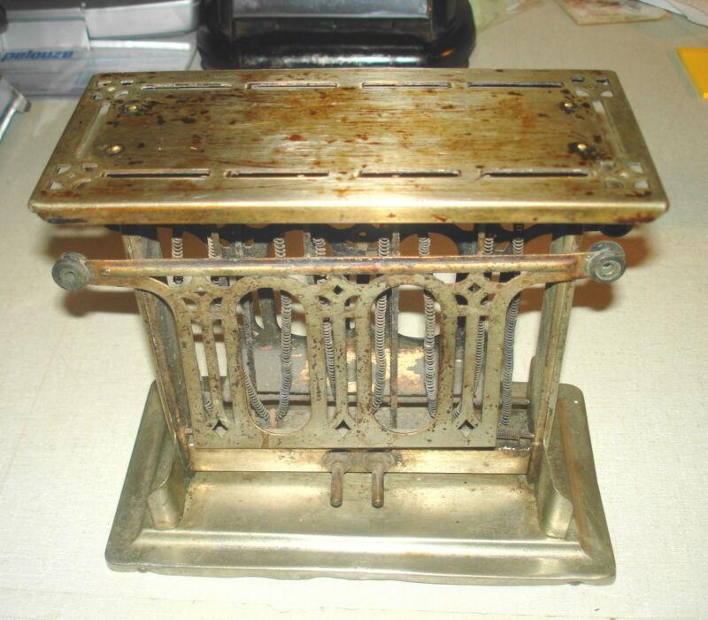 Vintage ELECTRIC TOASTER - UNIVERSAL #E948T Flip Side Landers Frary & Clark CT