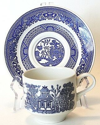 Churchill BLUE WILLOW Flat Cup and Saucer Set, Vintage, England, Chinese Chinese Blue Willow