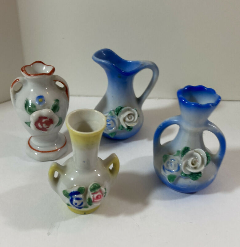 Occupied Japan 4 Miniatute Vases With Flowers Blue, Yellow, Red