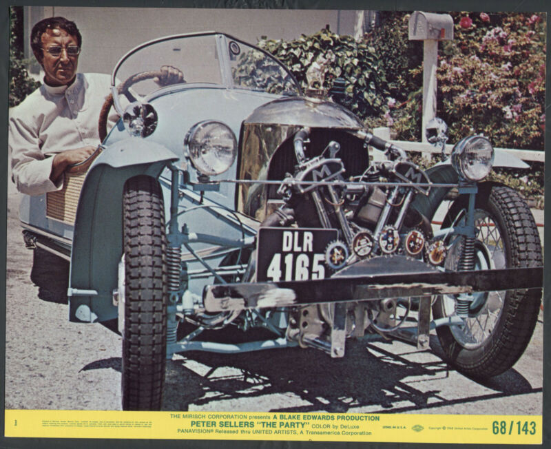 PETER SELLERS IN A VINTAGE CAR VERY RARE The Party '68