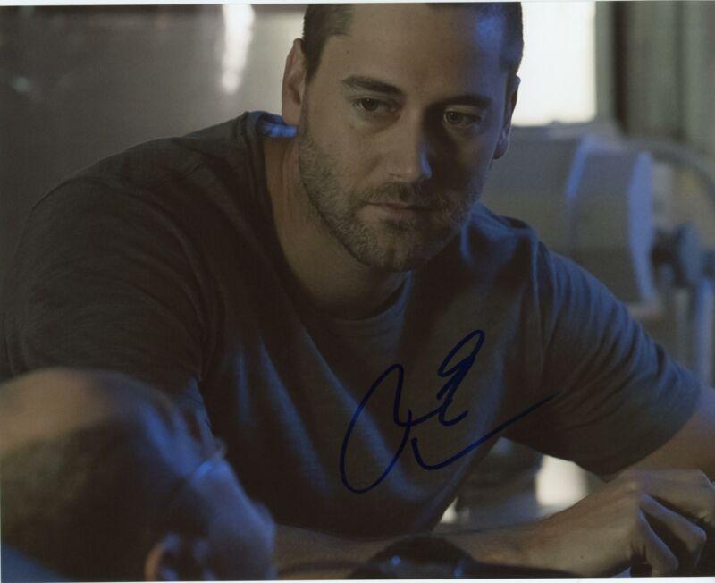 "Ryan Eggold ""The Blacklist"" AUTOGRAPH Signed 8x10 Photo G"