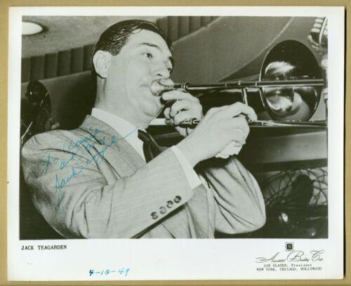 Jack Teagarden (1905-1964) - American jazz trombonist - Rare signed large photo