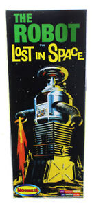 Lost In Space The Robot 1:24 Model Kit