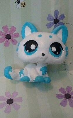 Cute hand painted LPS cat kitten Littlest pet shop custom ooak