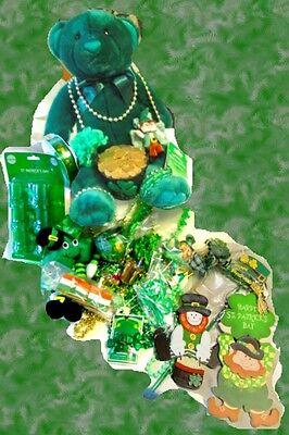 ST. PATRICKS DAY Party Beads Craft Decoration Plush Shamrock Leprechaun  LOT 59 - Saint Patricks Day Crafts