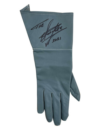 Replica Survivor Series 1991 Glove Signed by The Undertaker 100% Authentic + COA
