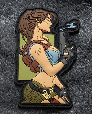 Pin Up Girl Assassin Gun Tactical Morale Hook Patch (3D-PVC Rubber -MTU33) (Rubber Patch)