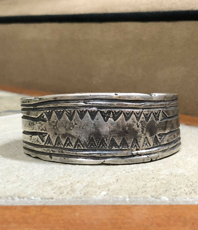 Important Early 1920s First Phase Pawn NAVAJO Silver Ingot Cuff Bracelet -131.5g