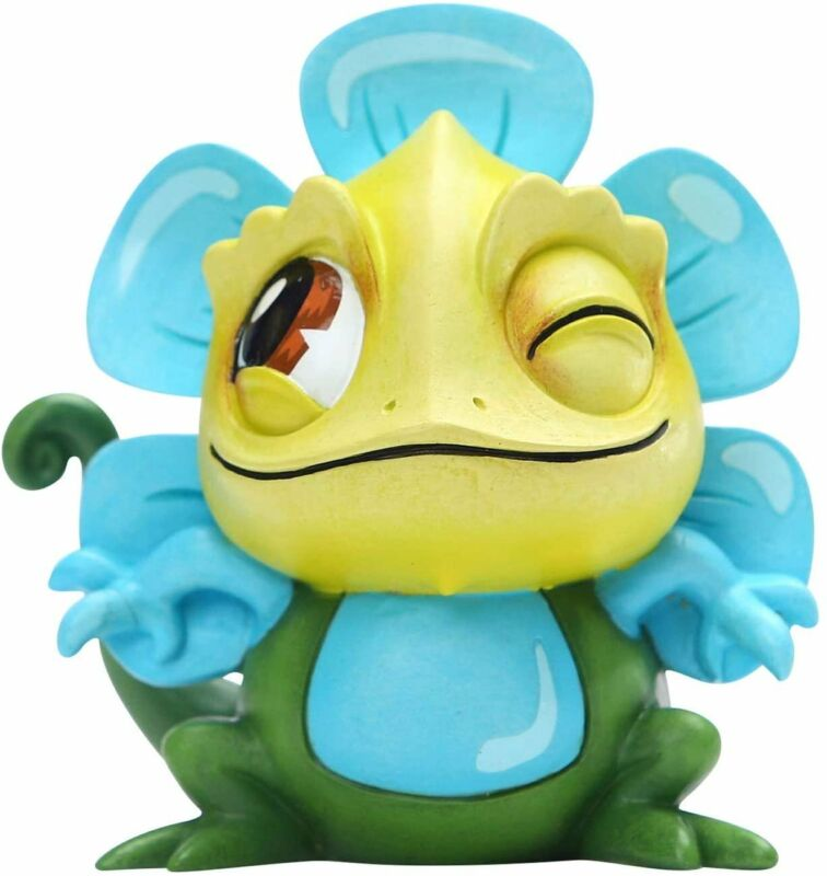 Enesco World of Miss Mindy Disney Tangled Pascal Figurine, 3.54 Inch, Multicolor
