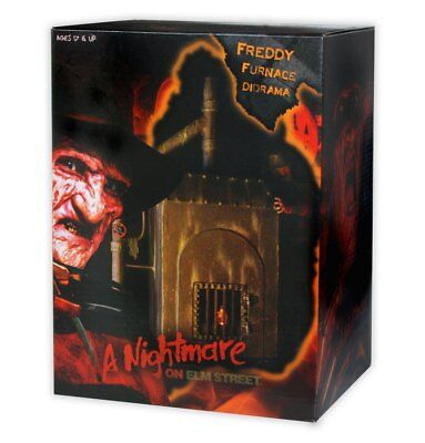 Nightmare on Elm St - Freddy's Furnace Diorama - NECA