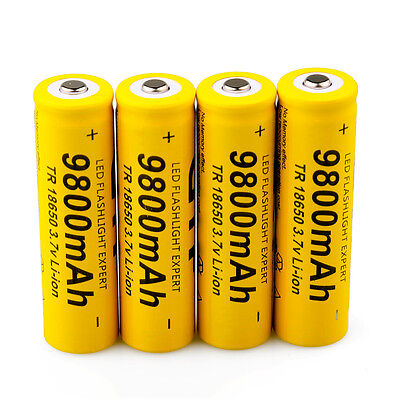 2017 New 4PCS 18650 3.7V Rechargeable 9800mAh Li-ion Battery+Battery Charger